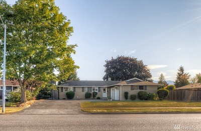Enumclaw Single Family Home For Sale: 781 Melody Lane
