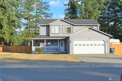 Rainier Single Family Home Pending Inspection: 712 Golphnee Lp SE