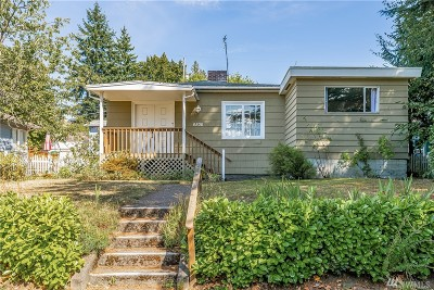 Seattle Single Family Home For Sale: 6506 40th Ave SW