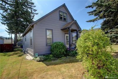 Skagit County Single Family Home For Sale: 305 Bennett St