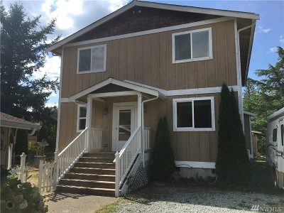 Yelm Single Family Home For Sale: 18619 Old Camp Lane SE