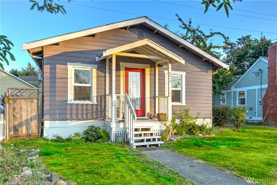 Anacortes Single Family Home For Sale: 2615 W 2nd St