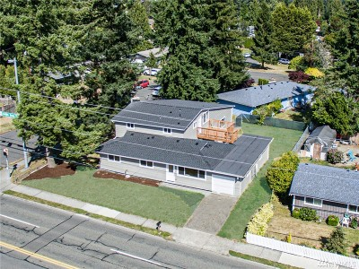 Mountlake Terrace Single Family Home For Sale: 22301 44th Ave W