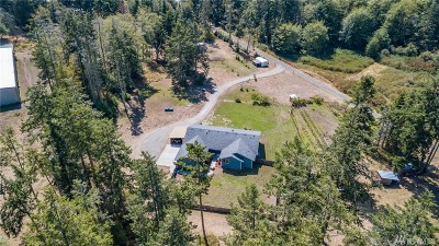 Single Family Home For Sale: 2276 Hastie Lake Road