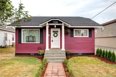 Burlington Single Family Home For Sale: 311 N Spruce St