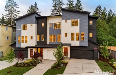 Lynnwood Single Family Home For Sale: 13420 Manor (Unit 08) Wy #B2