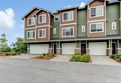 Everett Condo/Townhouse For Sale: 3315 31st Dr