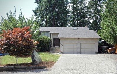 Lake Tapps Single Family Home For Sale: 5012 W Tapps Drive E