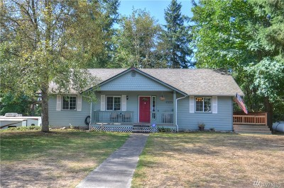 Yelm Single Family Home For Sale: 17511 SE Scenic Shores Ct SE