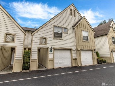 Everett Condo/Townhouse For Sale: 1600 121st St SE #A104