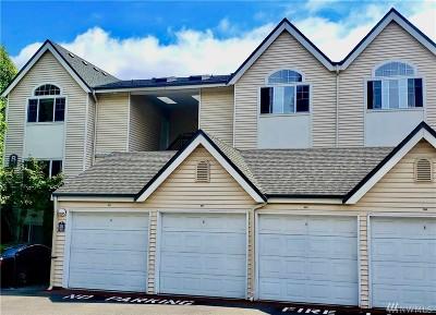 Renton Condo/Townhouse For Sale: 440 Maple Ave SW #B201