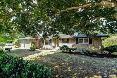 Monroe Single Family Home For Sale: 325 Sumac Dr