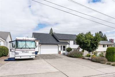 Anacortes Single Family Home For Sale: 2204 23rd St