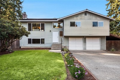 Bothell Single Family Home For Sale: 923 217th St SW