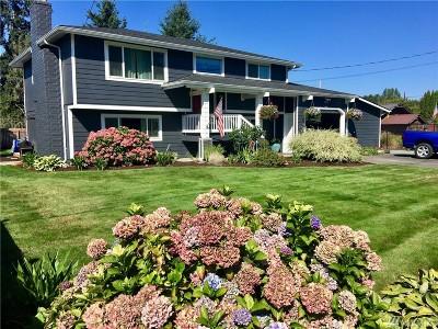 Burlington Single Family Home For Sale: 20473 Aliston Lane