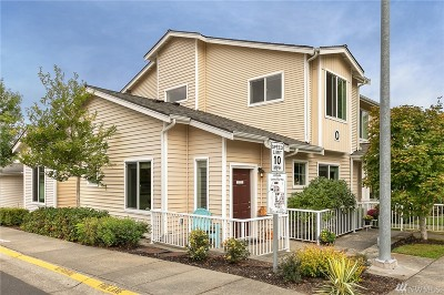 Bothell Condo/Townhouse For Sale: 14915 38th Dr Dr SE #O1133
