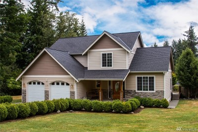 Bellingham Single Family Home For Sale: 1140 Lakewood Lane