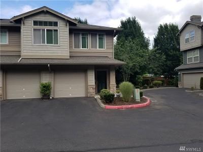 Renton Condo/Townhouse For Sale: 15325 SE 155th Place #V-5