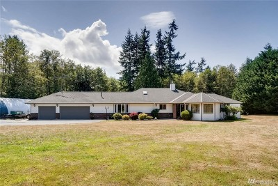 Stanwood Single Family Home For Sale: 17930 76th Ave NW
