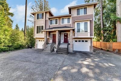 Everett Condo/Townhouse For Sale: 12431 17th Ave SE #A