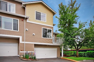 Duvall Condo/Townhouse For Sale: 14519 1st Lane NE #101