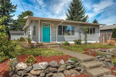 Renton Single Family Home For Sale: 659 Ferndale Ct NE