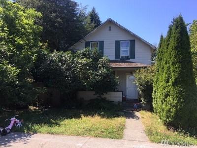 Everett Single Family Home For Sale: 2314 Maple St