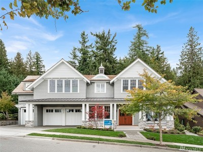 Issaquah Single Family Home For Sale: 3065 NE Harrison Dr