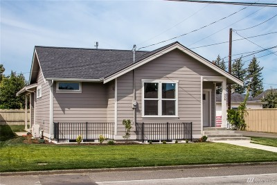 Lynden Single Family Home For Sale: 308 S 17th Street