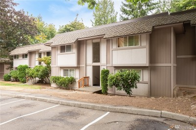 Federal Way Condo/Townhouse For Sale: 4520 SW 321st St #S-9
