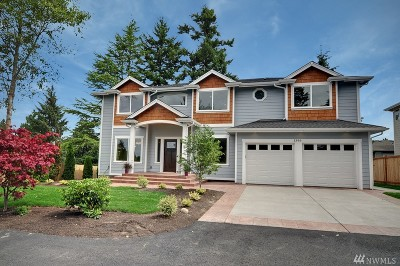 Burien Single Family Home For Sale: 1396 SW 128th St (Private Drive)