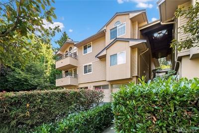 Edmonds Condo/Townhouse For Sale: 23616 Edmonds Wy #E