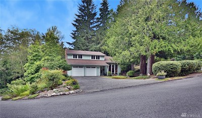 Issaquah Single Family Home For Sale: 205 Mt Pilchuck Ave SW