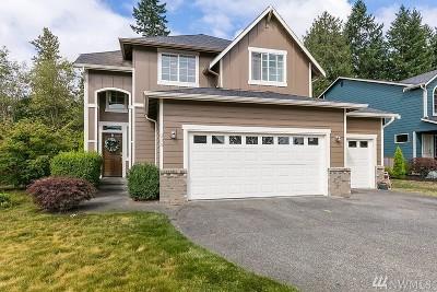 Renton Single Family Home For Sale: 715 Rosario Place NE