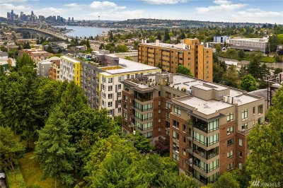 Seattle Condo/Townhouse For Sale: 4547 8th Ave NE #205