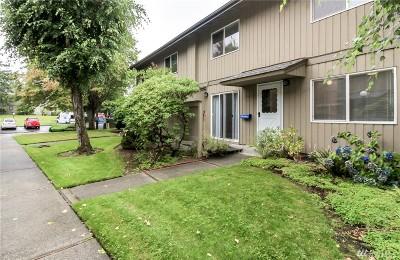 Tacoma WA Condo/Townhouse For Sale: $224,900