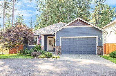 Spanaway Single Family Home For Sale: 722 182nd St E