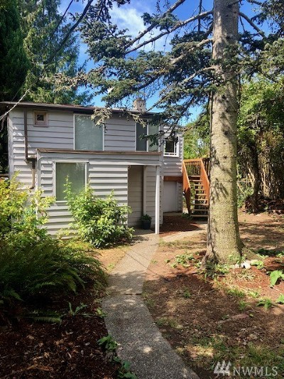 Seattle Single Family Home For Sale: 5929 48th Ave SW