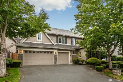 Sammamish Single Family Home For Sale: 221 259th Ave NE
