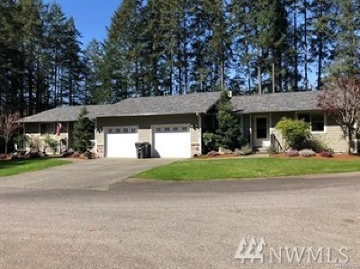 Gig Harbor Condo/Townhouse For Sale: 13907 37th Av Ct NW