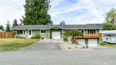 Lake Stevens Multi Family Home For Sale: 221 Rhodora Heights Rd