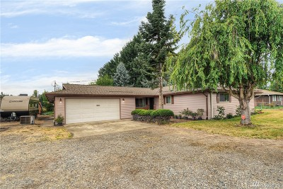 Puyallup Single Family Home For Sale: 8206 State Route 162 E