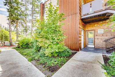 Bainbridge Island Condo/Townhouse For Sale: 211 Wyatt Wy NE #B103