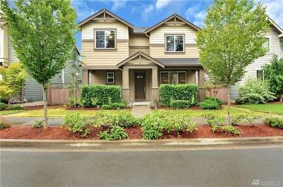 Redmond Single Family Home For Sale: 10467 Sheridan Cres NE