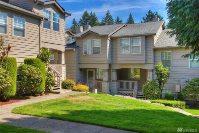 Bonney Lake Condo/Townhouse For Sale: 9014 Main St E #C120