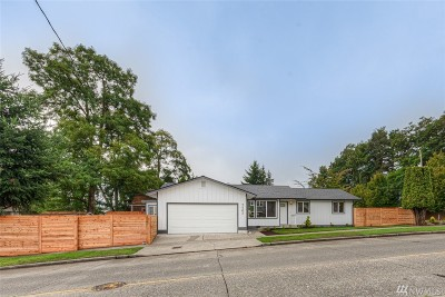 Single Family Home For Sale: 7702 28th Ave SW