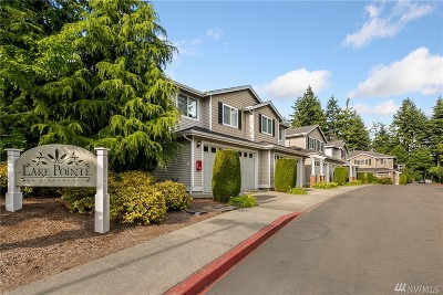 Everett WA Condo/Townhouse For Sale: $386,000