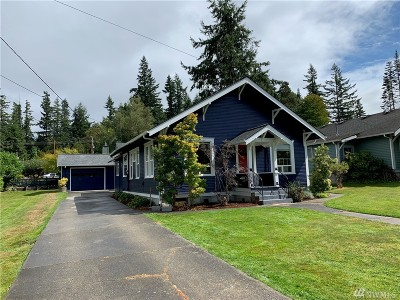 Bellingham Single Family Home For Sale: 2404 Old Lakeway Dr