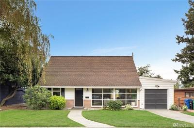 Seattle Single Family Home For Sale: 8037 NE 41st Ave NE