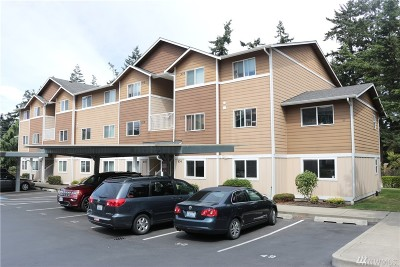 Oak Harbor Condo/Townhouse For Sale: 1640 SW Mulberry Place #C104
